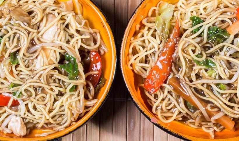 Κοτόπουλο Chow Mein