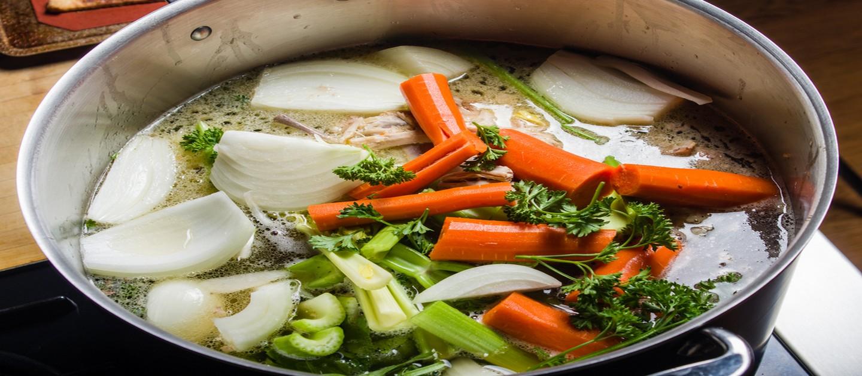 πώς να φτιάξω εύκολα σπιτικό ζωμό λαχανικών