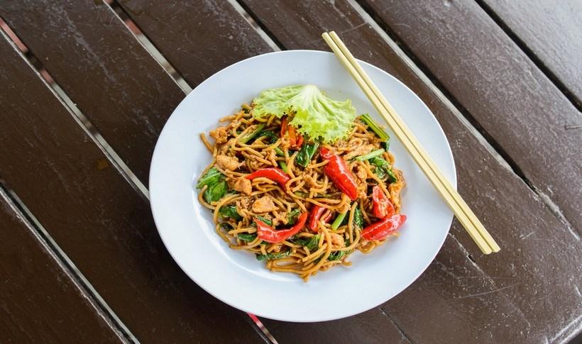 Tek-Tek Noodles με σάλτσα φιστικιού