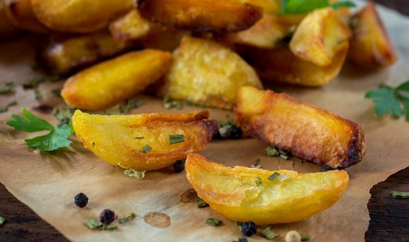 Να πετύχω πιο τραγανές πατάτες φούρνου