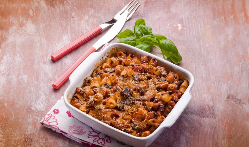 Ζυμαρικά φούρνου με λαχανικά και 3 είδη τυριών