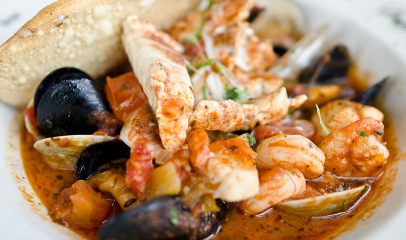 Μπουγιαμπέσα (σούπα ψαρικών)