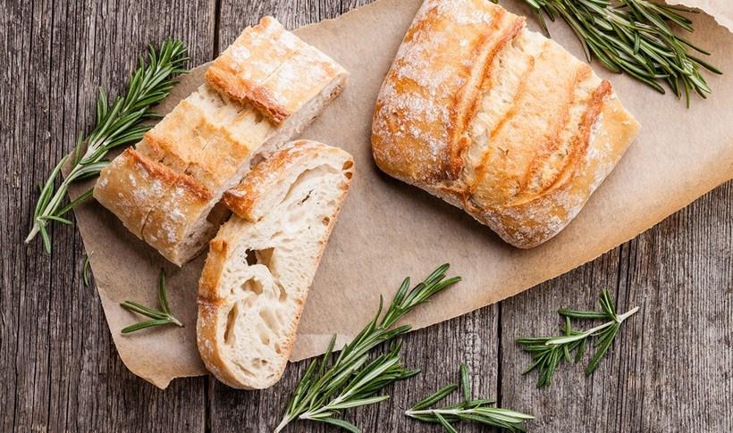 Να κάνω το μπαγιάτικο ψωμί ξανά σαν φρέσκο