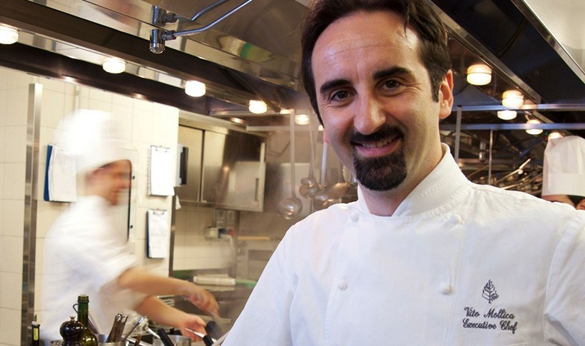 Ζυμαρικά με σάλτσα Cacio e Pepe, γαρίδες και καλαμάρι από τον Vito Mollica, executive chef στο Four Seasons Hotel Florence