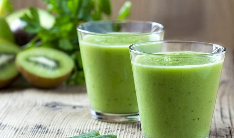 Πράσινο smoothie με ακτινίδιο και μέντα