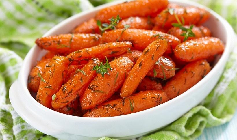 Καρότα γλασαρισμένα με θυμαρίσιο μέλι