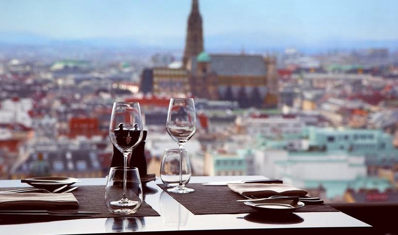Βιέννη: Πού τρώνε οι ντόπιοι τα Χριστούγεννα;