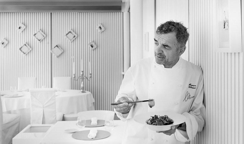 Φουσίλι με αχινό και πουρέ ραδικιού από τον Mauro Uliassi, σεφ του «Uliassi» στη Senigallia της Ιταλίας
