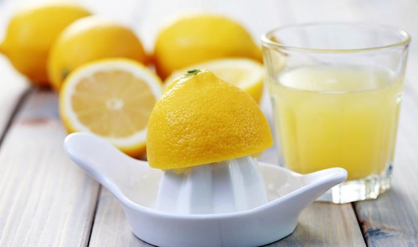 Πως να βγάλω περισσότερο χυμό από το λεμόνι;