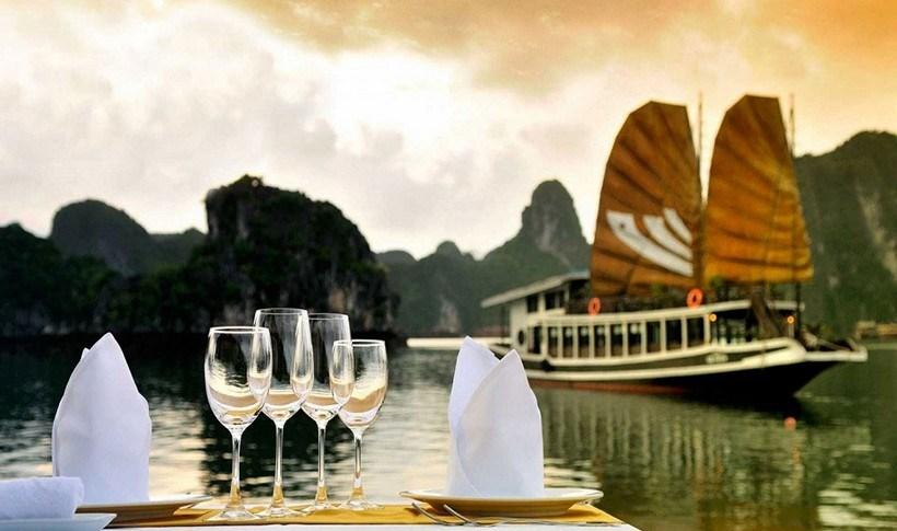 Τα πιο εξωτικά μέρη για να απολαύσεις ένα ρομαντικό δείπνο