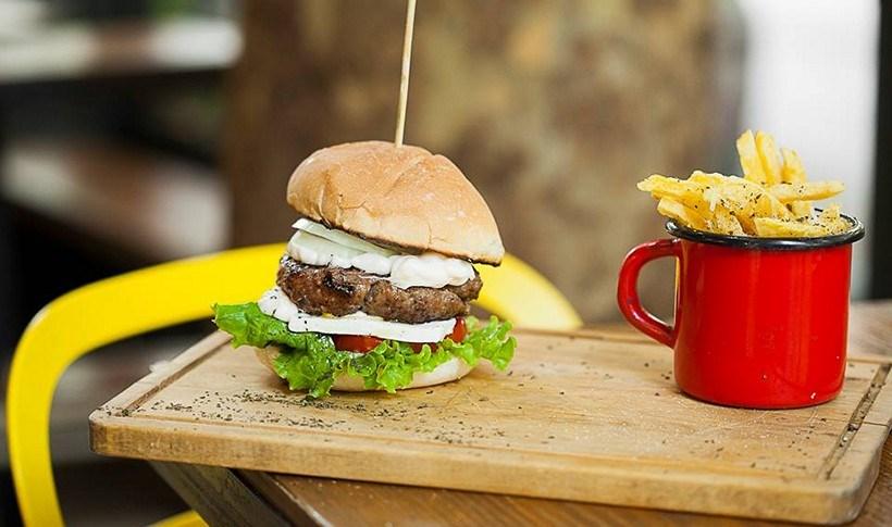 Θεσσαλονίκη: Πού θα φας το καλύτερο street food