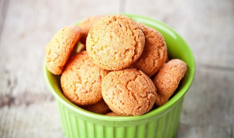 Μπισκότα αμυγδάλου με ταχίνι